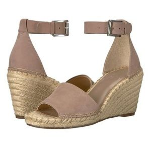New in box Vince Camuto leather wedges